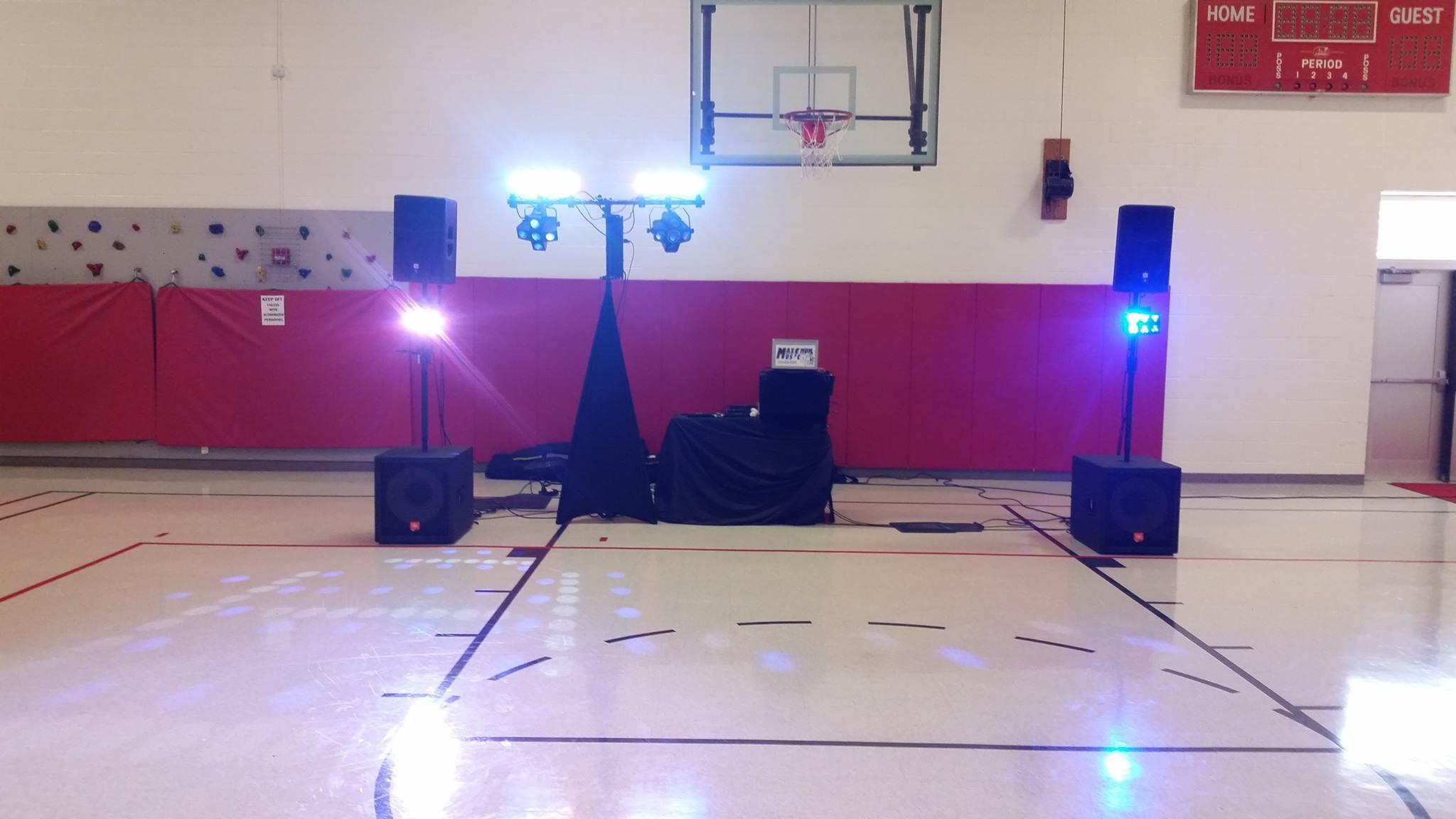 School Dances - Wedding DJ, Corporate Parties DJ, School